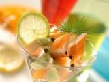 Салат-коктейль с крабовыми палочками