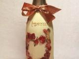 Декупаж бутылки шампанского – подарок на День Святого Валентина своими руками