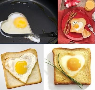 Романтический завтрак на День Святого Валентина - яичница и тосты
